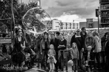 Bubblica op Drakenboot Festival 2014-2.jpg