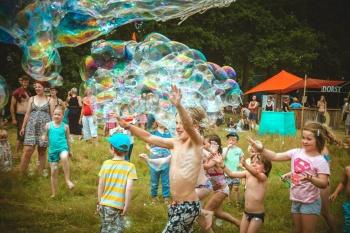 Bubblica op Tentstock 2014-2.jpg