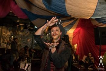 Bubblica op Dutch Decompression Burning Man 2015-3.jpg