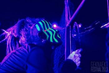 Bubblica-show-op-Geknaekt-Festival-2013-1.jpg